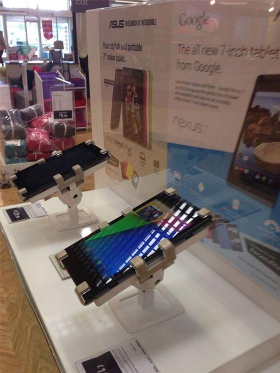 retailers-2-ipad-tablets-Gripzo
